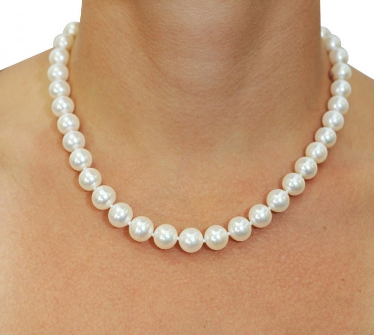 14k Gold White Freshwater Cultured Pearl Necklace 18 Inch